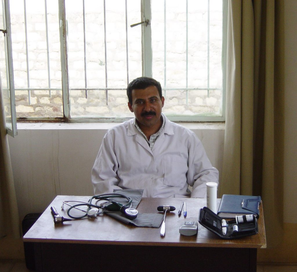 june-2003-amar-opening-of-al-turabah-health-clinic-98
